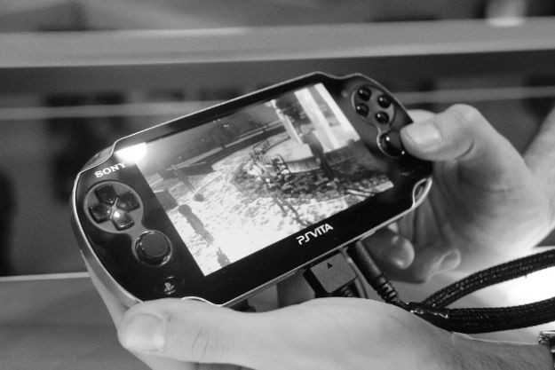 Vendite basse per PlayStation Vita