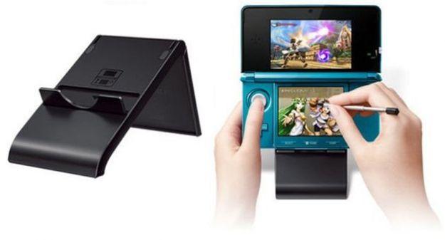 Accessori per Nintendo 3DS: presentato un supporto su cui appoggiare la console