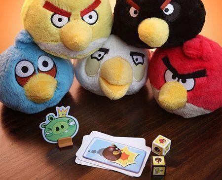 Angry Birds diventa anche un originale gioco di carte