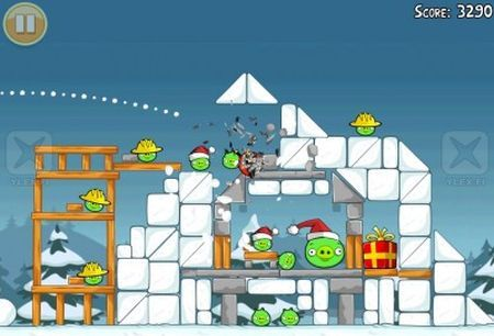 angry birds nuova versione natale