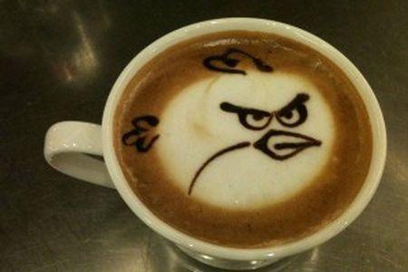 Angry Birds si allea con Starbuks: continua il successo del gioco