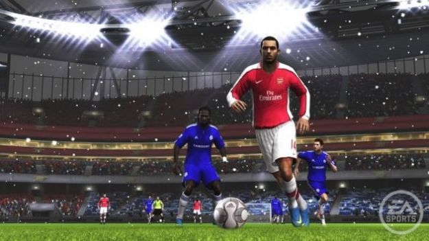 FIFA 12, la patch dedicata al multiplayer disponibile da oggi