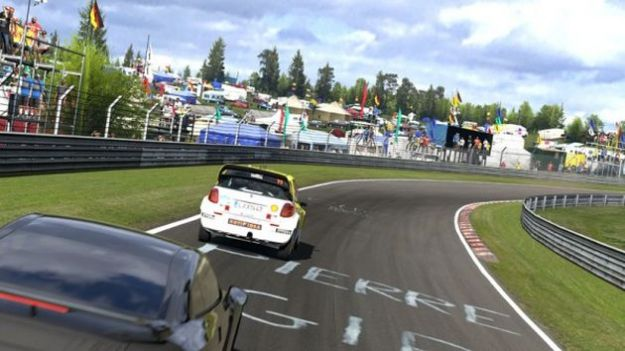 Gran Turismo 5, dlc con contenuti extra in arrivo: tutte le novit