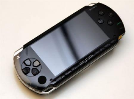 PSP: prezzo più basso per la console di Sony
