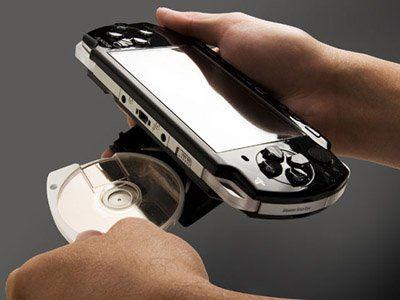 PS Vita, UMD Passport è un furto: i giochi costano e le compagnie non aderiscono