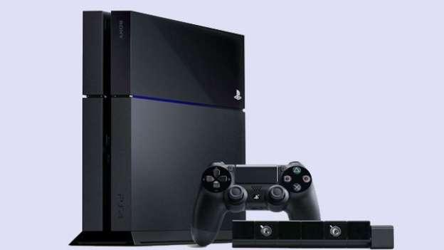 PS4: le foto della console di Sony