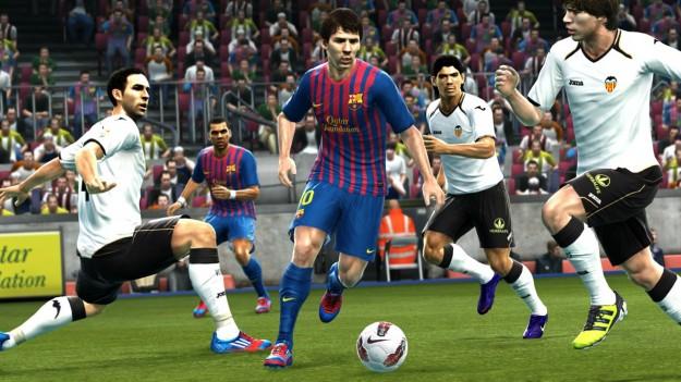 PES 2013, recensione del gioco di calcio di Konami [FOTO & VIDEO]
