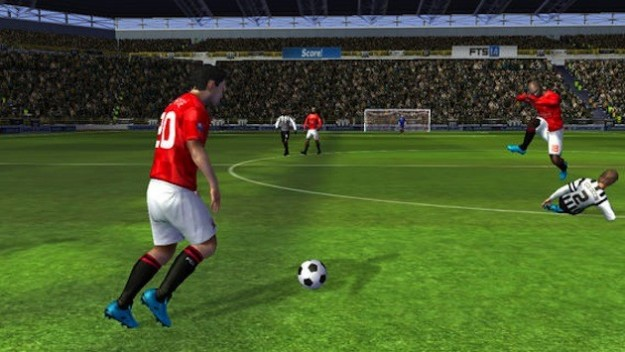 First Touch Soccer 2014 per iPhone