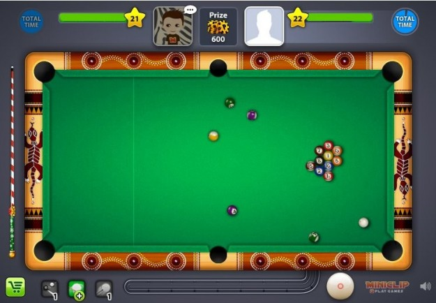 Tavolo verde in 8 Ball Pool