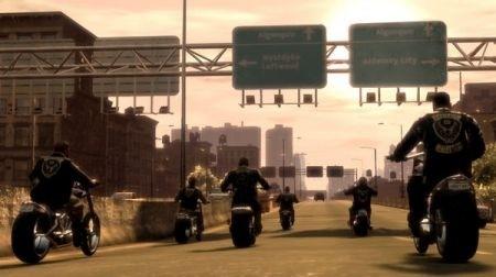 gruppo di motociclisti