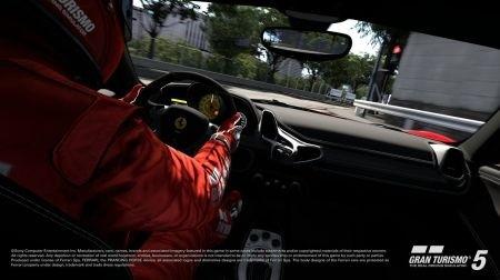 Gran Turismo 5: interno