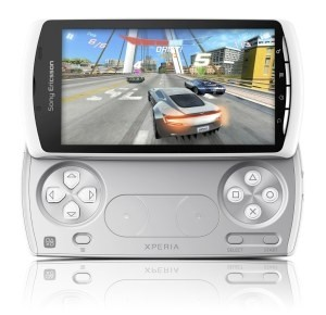 PlayStation Phone Xperia Play bianco: colore