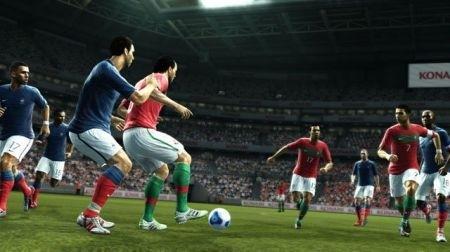 PES 2012: Konami